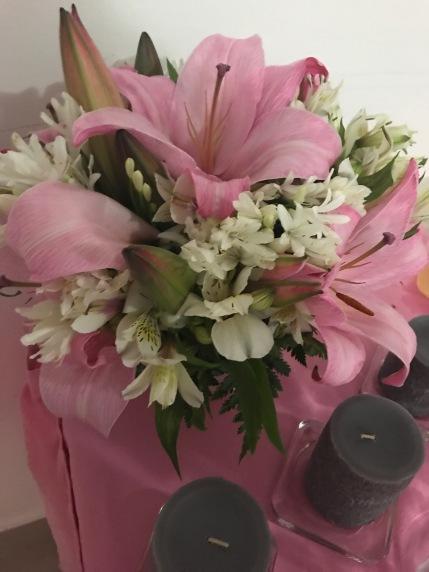 7. Flores, velas